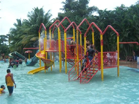 Kumar Resort & Water Park: rides