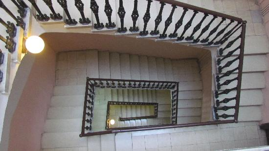 Hostal Campi : Stairs to Room