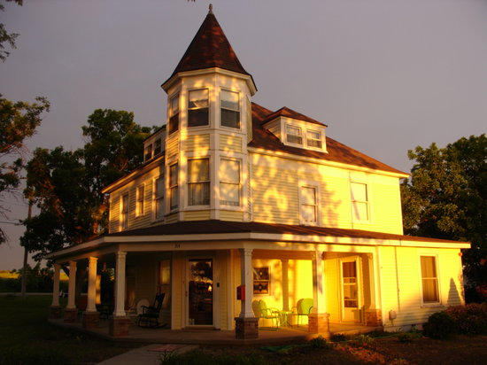 Crystal Key Inn