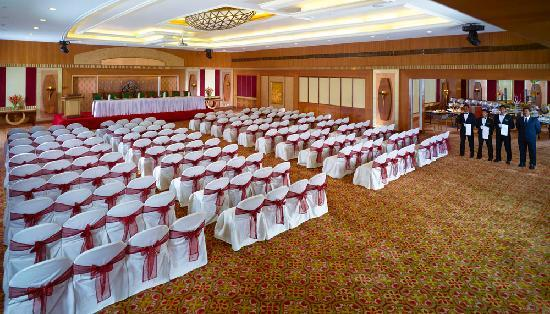 GRT Grand: Conference Hall