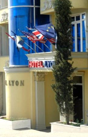 Photo of Lyon Hotel Pristina