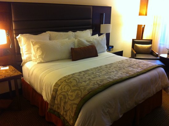 JW Marriott Hotel Bogota: Beautiful tasteful guest rooms