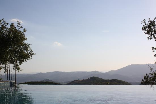 La Cuccagna: from the infinity pool