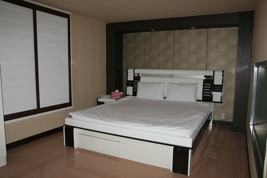 Sacheon Tourist Hotel