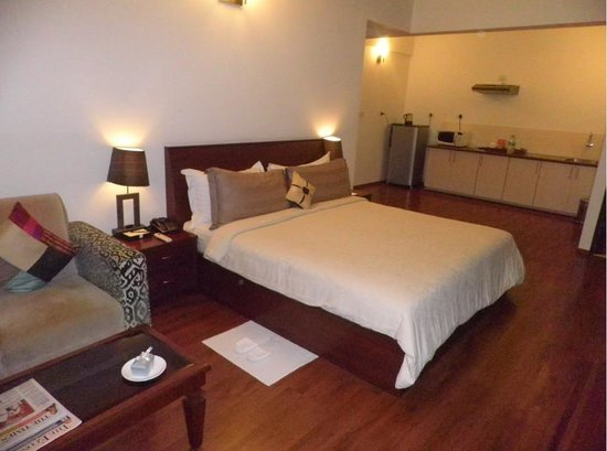 juSTa Off MG Road, Bangalore: Deluxe Room view3