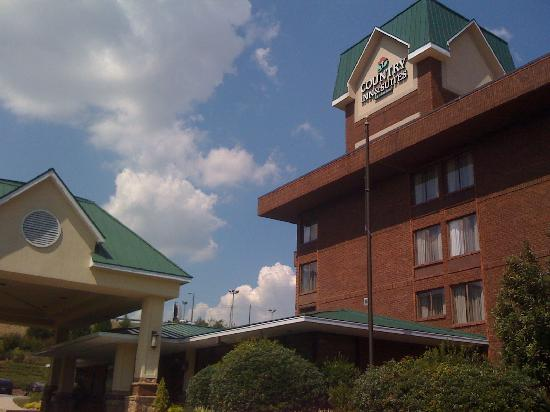 Country Inn & Suites By Carlson, Atlanta Northwest at Windy Hill Road : Entrance
