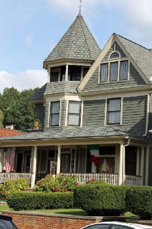 Little Italy Cleveland Ohio Bed And Breakfast