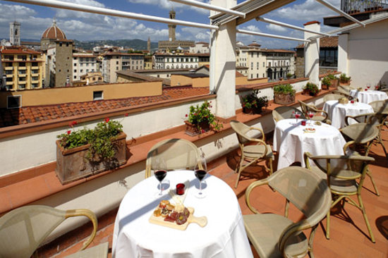 Terrace with panoramic view on Florence. Hotel Pitti Palace al Ponte Vecchio
