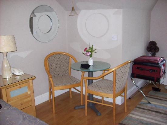 Kew House: The Superior Double Room