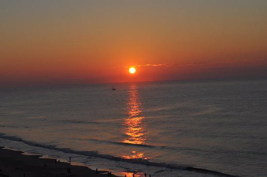 Sea Watch Resort: North Tower Sun Rise
