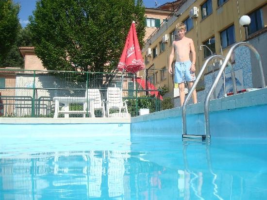 Hotel Tortorina: piscine