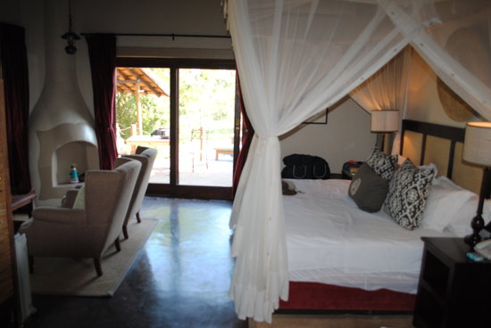Jock Safari Lodge: Our suite