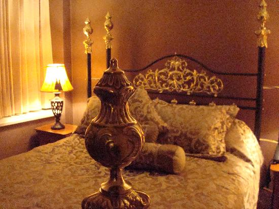 Compass Point Inn: honeymoon suite