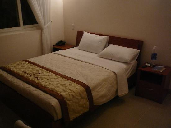 Giang Son Guesthouse: room serviced every day