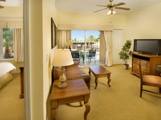 The Point Orlando Resort: You&#39;ll have extra space in our 1-Bedroom Grand Suite
