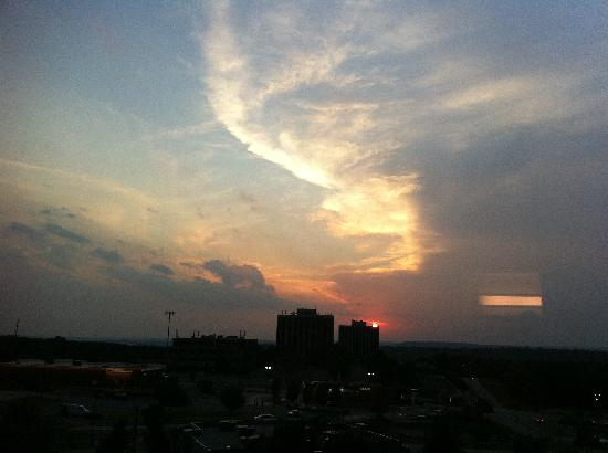 Hyatt Place Tulsa/Southern Hills: my evening sunset