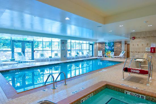 Hilton Garden Inn Rockville - Gaithersburg: Indoor Heated Pool and Whirlpool