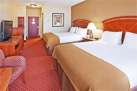 Holiday Inn Express Oklahoma City Airport - Meridian Avenue: Queen Room