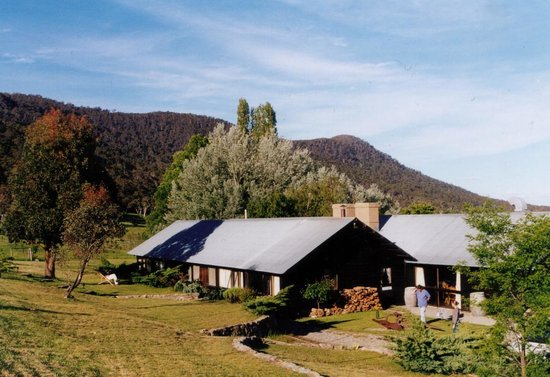 Crackenback Farm Guesthouse