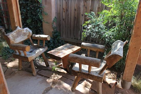 Adobe Nido Bed & Breakfast: Our private seating area