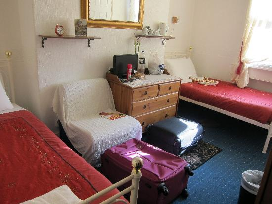 Anabelle's Guest House: Our room