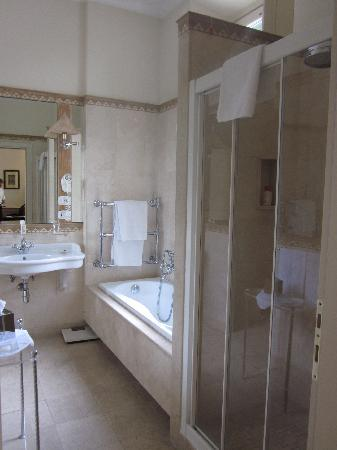 Il Palazzetto: Room 2 - bathroom