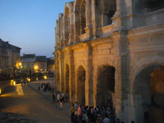 Ibis Arles: Amphitheatre at night