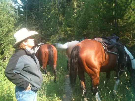 Rich's Montana Guest Ranch: Heather, wrangler