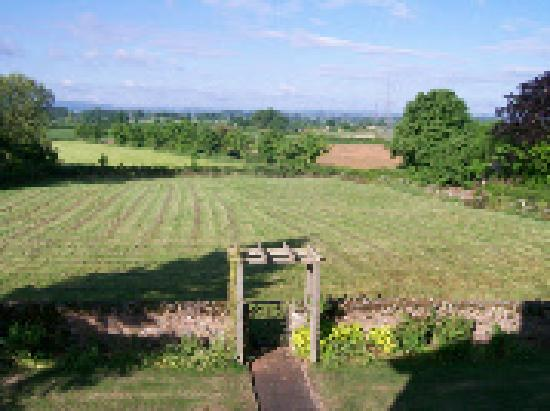 Lower Marsh Farm B &amp; B: The stunning views!