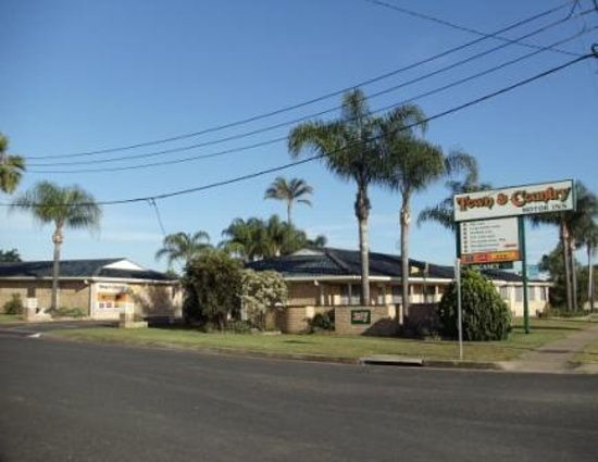 Town & Country Motor Inn
