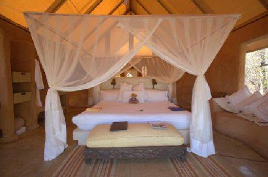 Reserva Privada Makalali, Sudfrica: One of the luxurious tents at Garonga