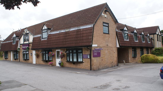Premier Inn Nottingham North West - Hucknall: The Front