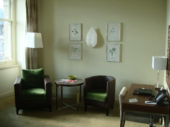 bedroom seating area picture of the balmoral hotel edinburgh