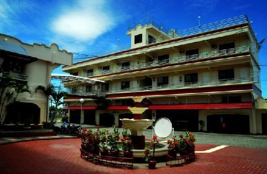 Alaminos City, Filippinerna: emerald building