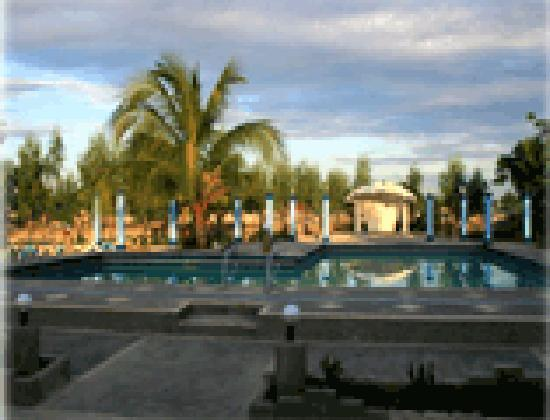 Alaminos City, Filippinerna: poolside
