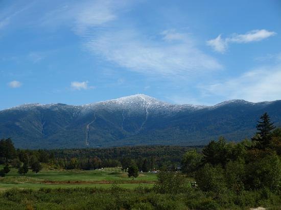 Profile Deluxe Motel: Nearby Mt. Washington and Cog Railway