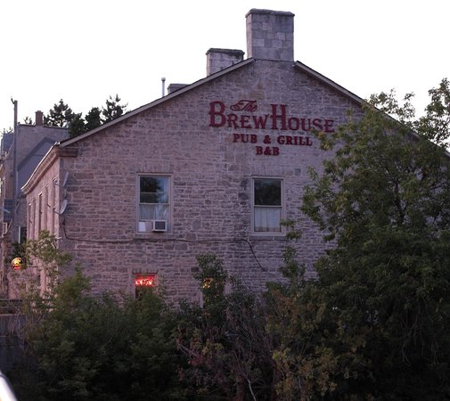 ‪Brew House On The Grand B&B‬