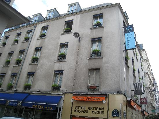 street 39 s view picture of le 55 montparnasse hotel paris tripadvisor. Black Bedroom Furniture Sets. Home Design Ideas