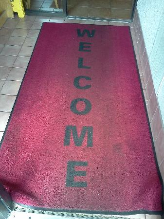 Super 8 - Traverse City: the lobby welcome mat