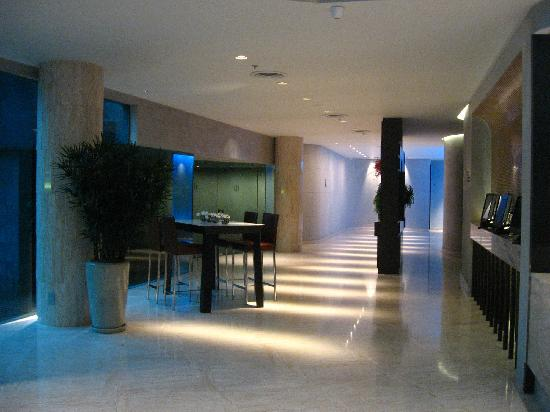The LIT Bangkok: Lobby