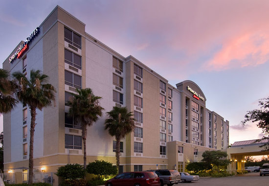 SpringHill Suites Miami Airport South : Hotel Exterior