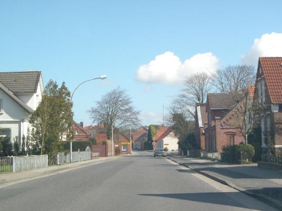 Norden Germany  city photo : Norden, Germany: neighborhood to the dikes