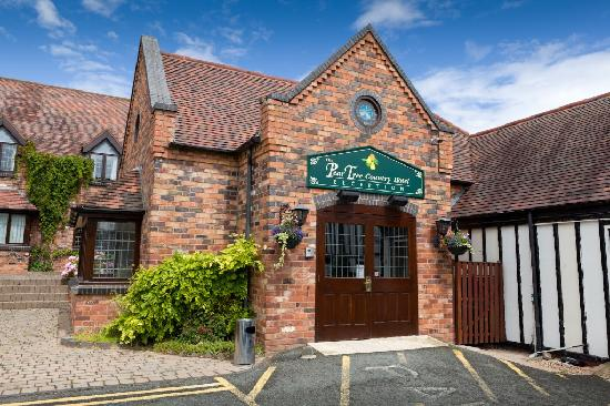 Worcester, UK: The Pear Tree Inn Hotel