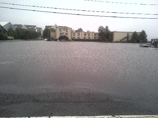 Comfort Inn parking lot flooded after storm