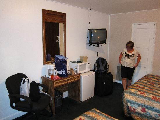 Mother Lode Lodge: a double room
