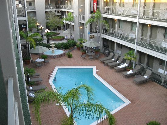 Ramada Metairie: pool area