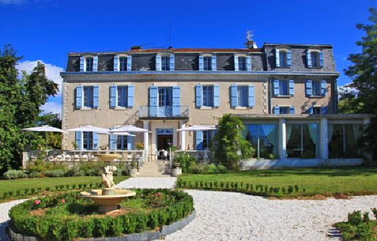 Photo of Chateau Bellevue Cazaubon