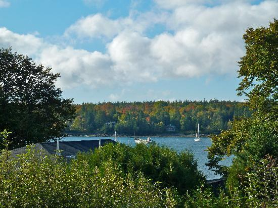 Lindenwood Inn: View from deck of Harbor Room No. 1