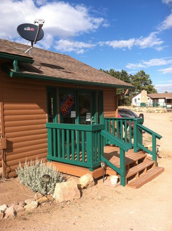 Ramona Lake Cabins Office