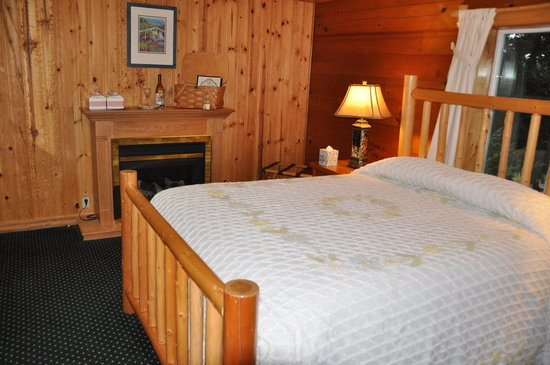Deer Harbor Inn : Inside Room 5